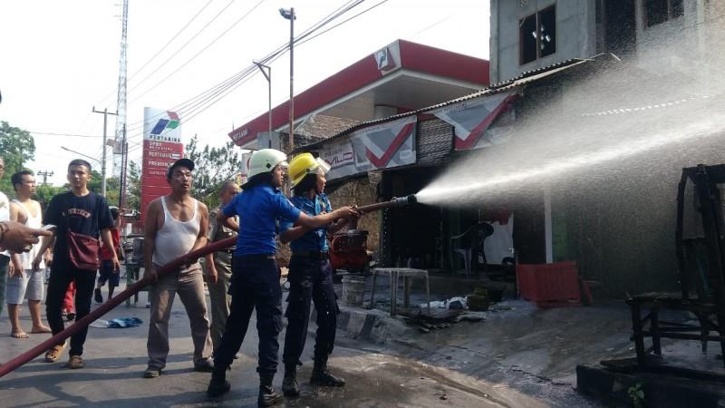 Kebakaran Tambal Ban Disebabkan Kelalaian