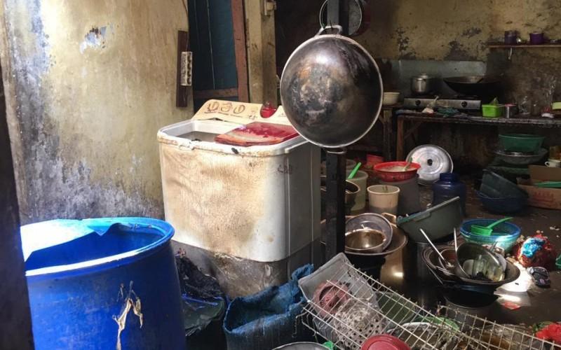 Kebakaran Warung Makan Dipicu Tabung Gas