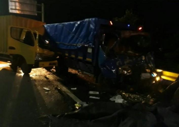 Kecelakaan Beruntun di Tol Cakung, 2 Orang Tewas