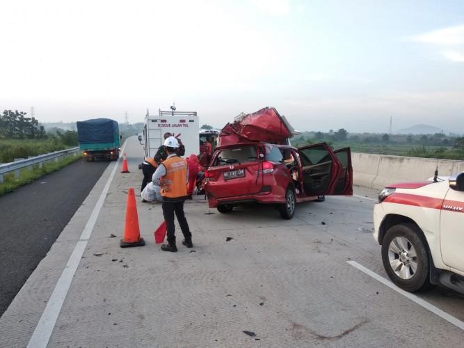 Kecelakaan di JTTS Km 82 Renggut Dua Nyawa