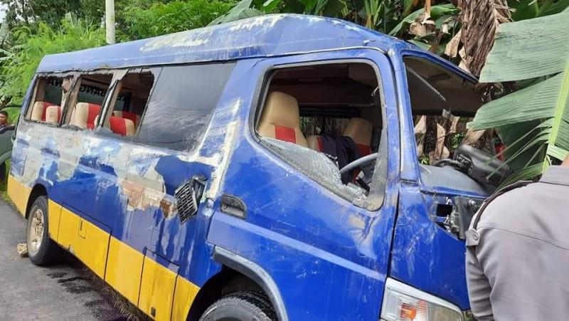 Kecelakaan di OKU, Mobil Dinas Ringsek
