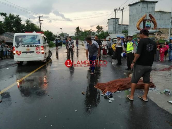 Kecelakaan Maut Motor Vs Pikap di Sragi Tewaskan 1 Orang