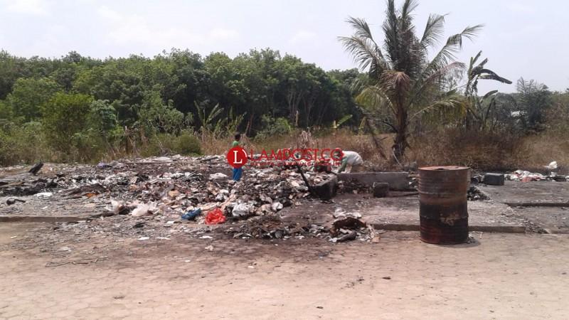 Kegundahan Hati Korban Kebakaran Pasar Simpang Propau