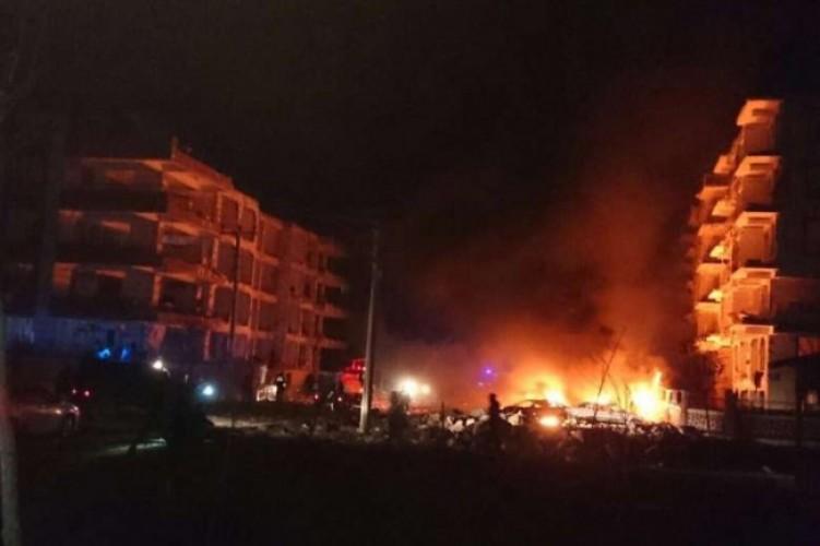 Kelompok Bertopeng Bom Sejumlah Mobil di Swedia