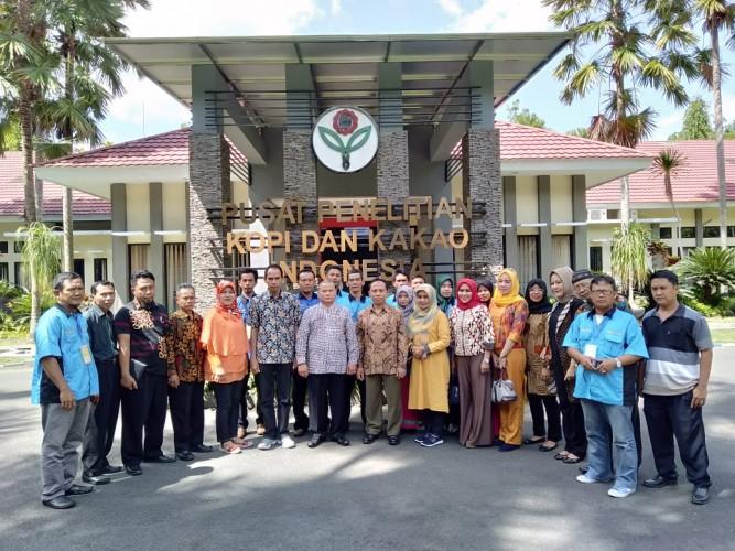 Kelompok Industri Kakao Pardasuka Kunjungan ke Jember