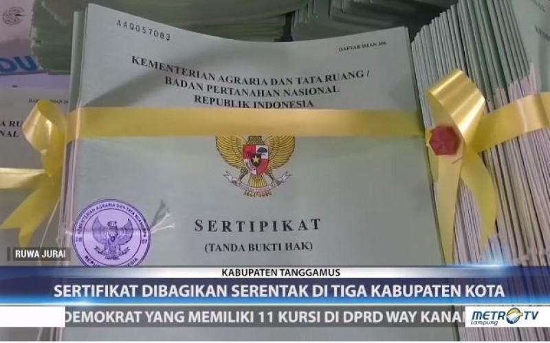 Kementerian ATR Bagikan Sertifikat Tanah di Tiga Wilayah Lampung