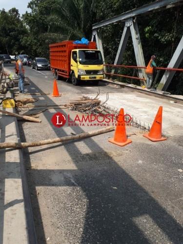 Kementerian PUPR Perbaiki Jembatan Bujungtenuk