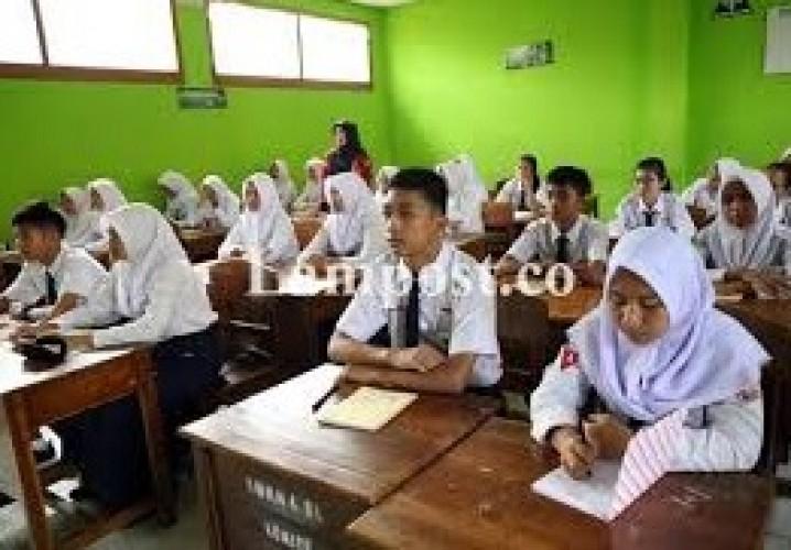 Kenaikan Kelas SMP di Bandar Lampung Berdasar Penilaian Harian