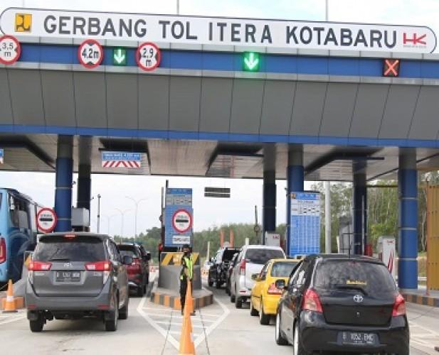 5.219 Kendaraan Pelancong Meninggalkan Lampung