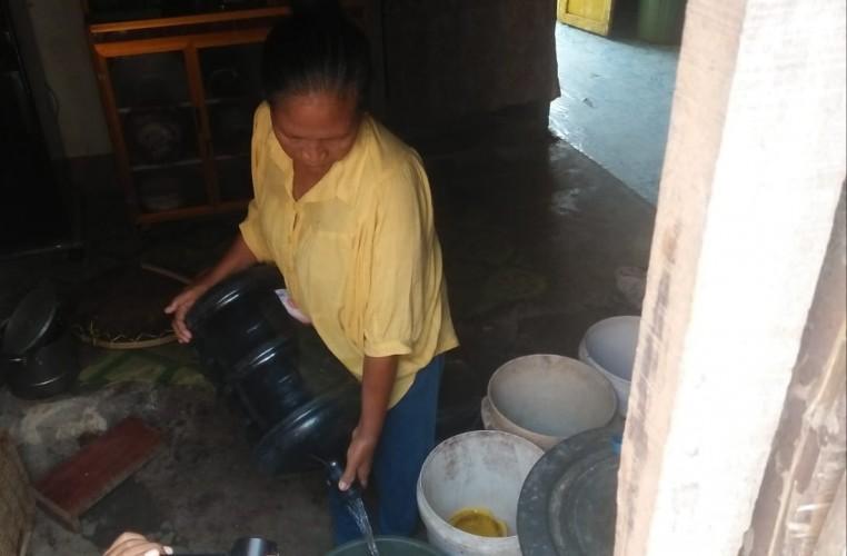 Warga Desa Kedaung Mengharapkan Bantuan Air Bersih