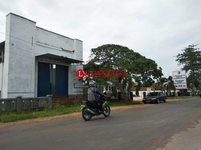 Ketua DPRD Tubaba Minta Terminal Mulya Asri Dirobohkan