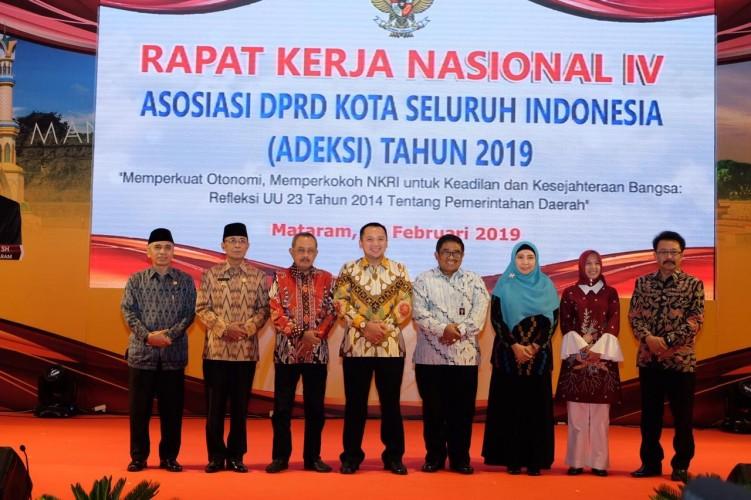 Ketua Umum MIPI Gandeng Adeksi Kaji Penerapan Otonomi Daerah