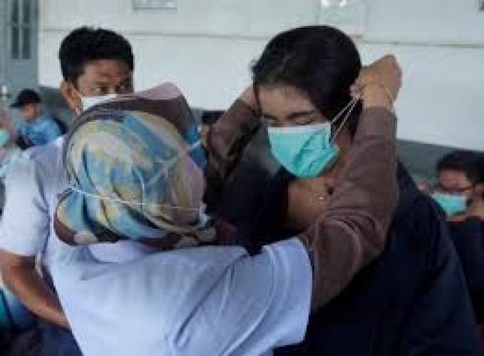 KhawatirVirus Korona, Pengunjung dan Perawat RSUDAM Gunakan Masker