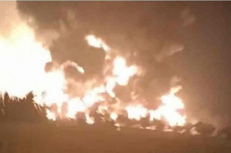 Kilang Minyak Pertamina di Balongan Terbakar