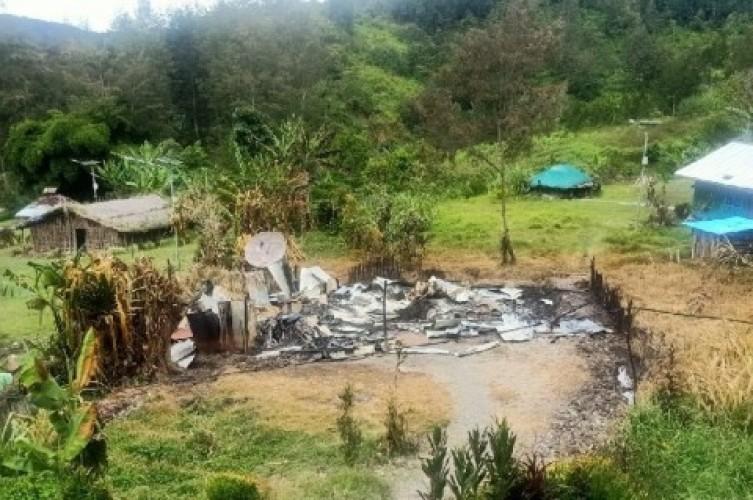 KKB Kembali Berulah, Rumah Kepala Suku Dibakar