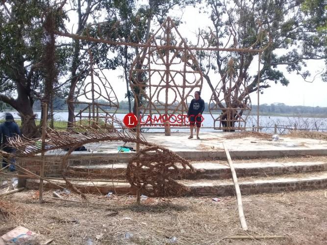 KLG Magelang Turut Andil Bangun Artistik Festival Wonomarto di Lampura