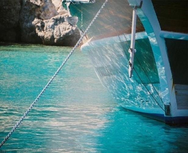 KM Kasih 25 Tenggelam di Selat Pukuafu NTT, 19 Penumpang Hilang