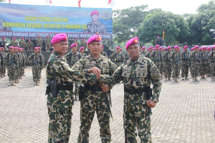 Kolonel Ahmad Fajar Pimpin Brigif 4 Marinir Piabung