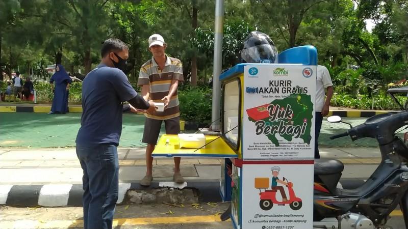 Kombi Lampung Luncurkan Kurir Makan Gratis pada Hari Relawan Sedunia