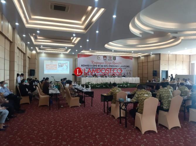 Komisi II DPR Minta Bawaslu Jangan Jadi Alat Pemenangan Calon Tertentu