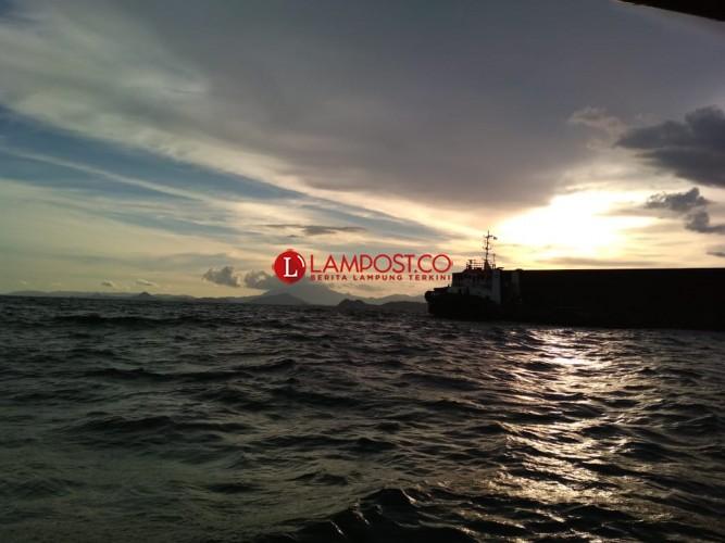 Komisi III DPR Minta Kapolri Pelototi Perairan Lampung