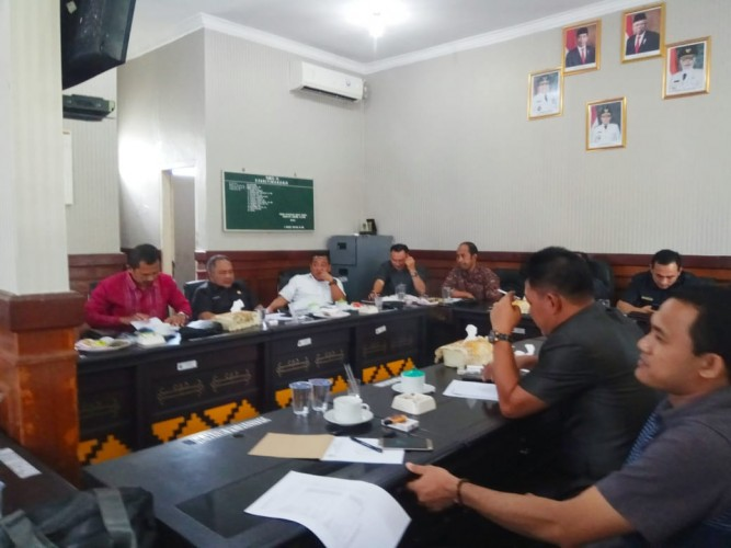 Komisi III DPRD Gelar Hearing dengan Dinas PUPR dan Bappeda