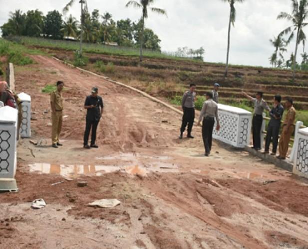 Komisi III DPRD Lamtim Sebut 2 Jembatan yang Ambrol Dibangun Asal Jadi