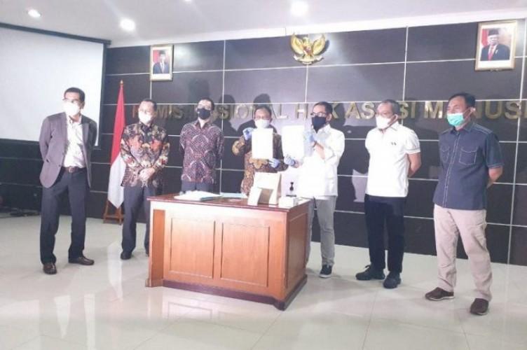 Komnas HAM Serahkan 16 Barang Bukti Kasus Tewasnya Anggota FPI