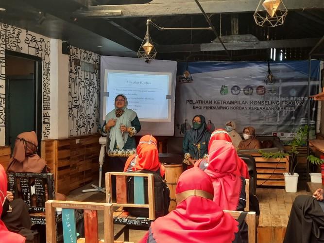 Komunitas ILS Pringsewu Gandeng Unila Gelar Pelatihan Pendampingan Trauma Kekerasan Seksual