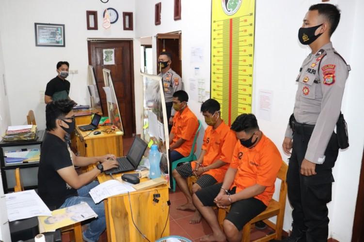 Konsumsi Sabu, Tiga Warga Pagelaran Utara Diringkus Polisi