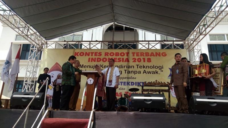 Kontes Robot Terbang Indonesia 2018 Resmi Dibuka