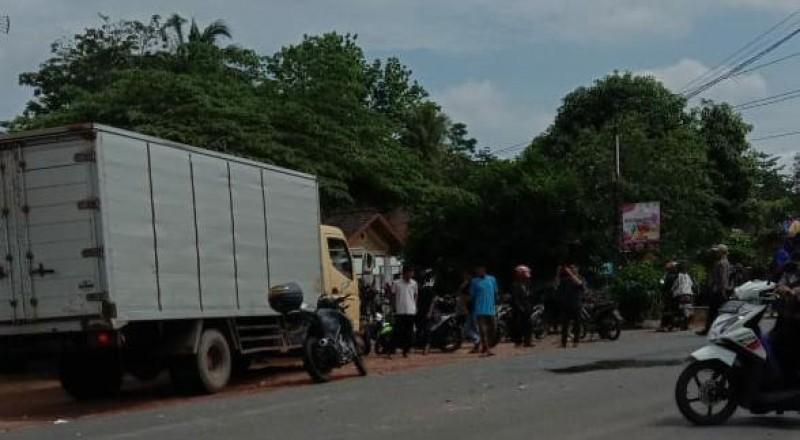 Pemotor `Adu Banteng` dengan Minibus Akhirnya Meninggal