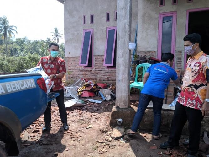 Korban Puting Beliung di Kedondong Terima Bantuan Logistik