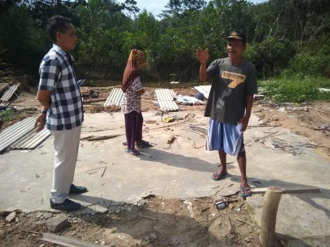 Korban Puting Beliung di Mesuji Dapat Bantuan dari Dermawan