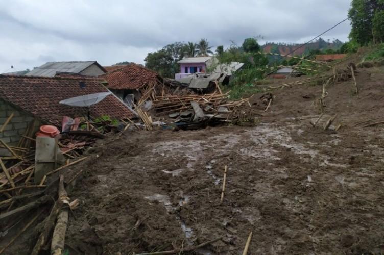 Korban Tewas Akibat Banjir Jabodetabek Bertambah Jadi 53 Orang