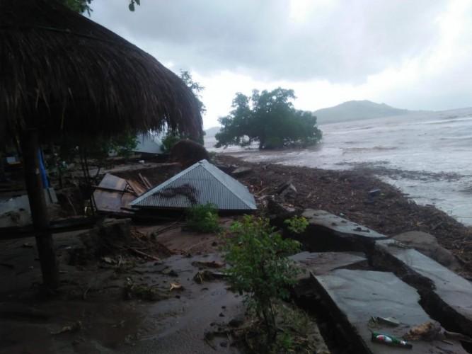 Korban Tewas Banjir Bandang NTT Tembus 55 Orang