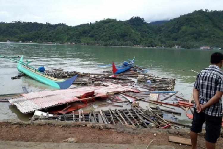Korban Tsunami dari Teluk Kiluan Sudah Pulang ke Rumah