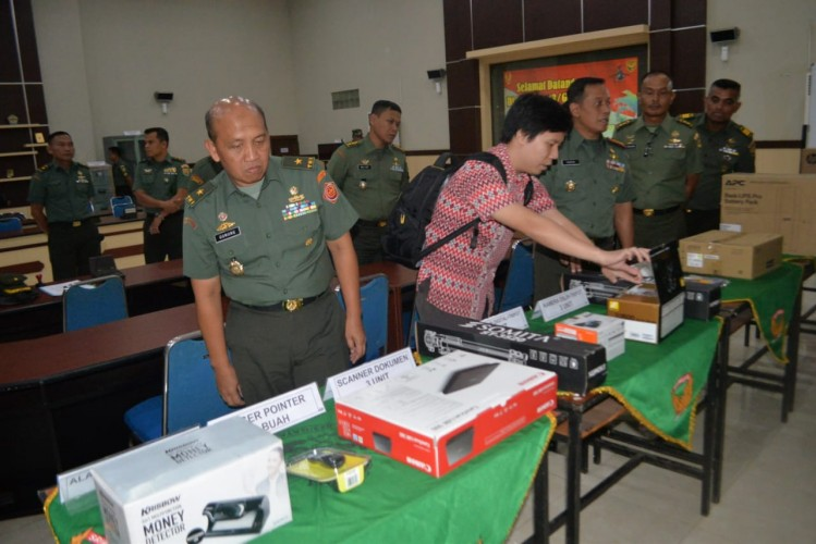 Korem 043 Dapat Bantuan Sarpras Penerimaan Prajurit dari Mabes TNI