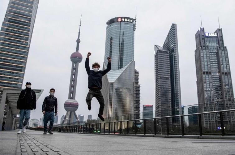 Korona Menewaskan 800 Jiwa di Tiongkok