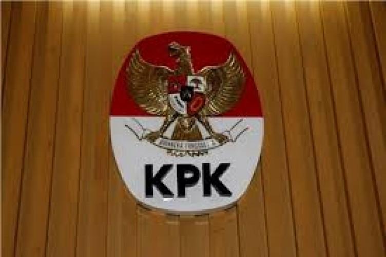 KPK Awasi Pengadaan APD Korona