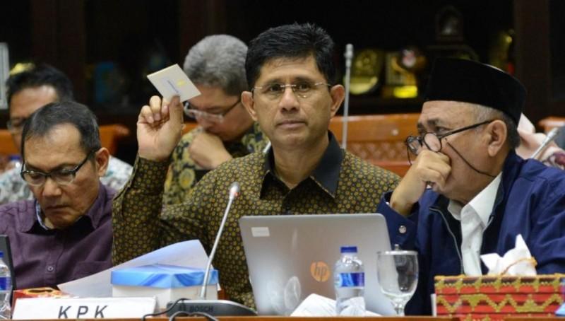 KPK Menuding Partai Tak Mau Buka-bukaan