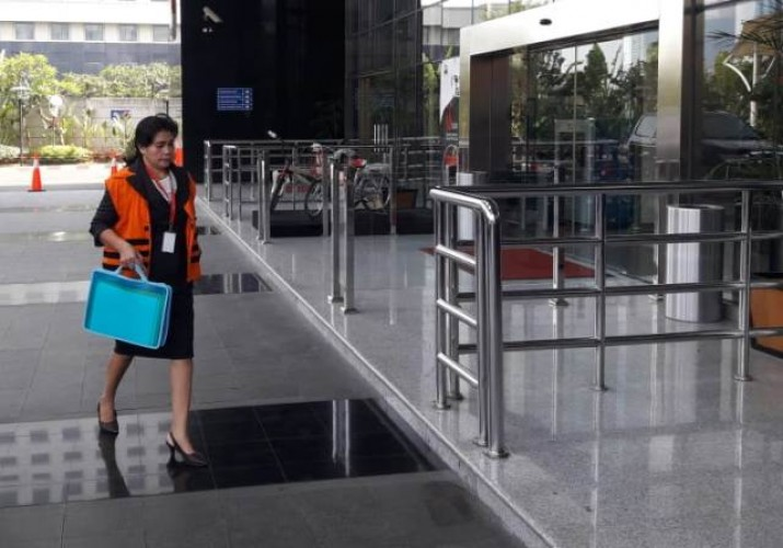 KPK Perpanjang Penahanan Hakim Tipikor Medan