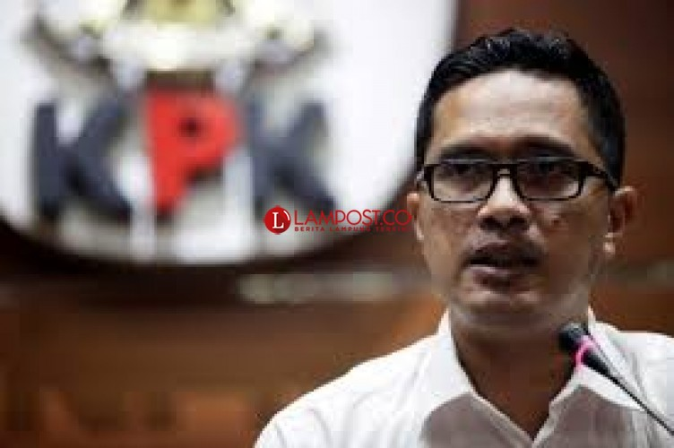 KPK Tahan 4 Anggota DPRD Lampung Tengah