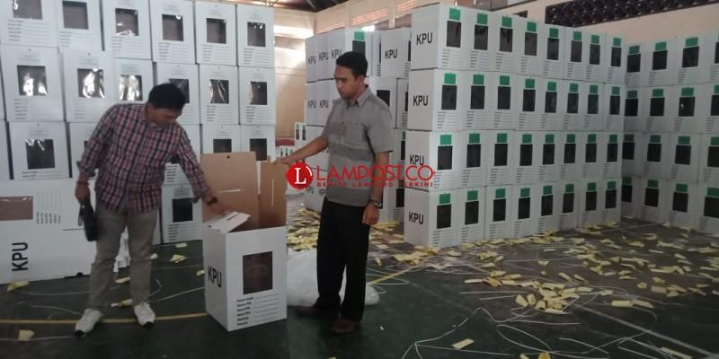 KPU Lambar Rampungkan Seting 4.995 Kotak Suara