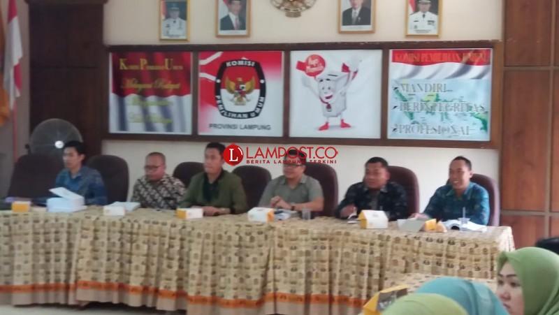 KPU Lampung Bedah Teknis Tungsura Bersama Staf Sekretariat