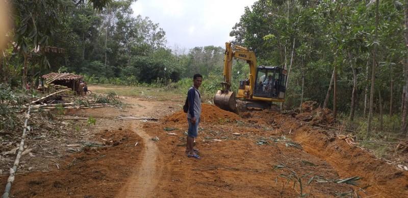 Kualitas Jalan di Desa Aji Jaya Perlu Ditingkatkan
