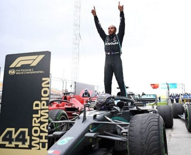 Kuasai F1GP Turki, Lewis Hamilton Juara Dunia F1 2020