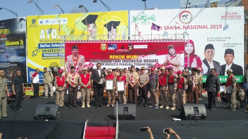 Kwarcab Pramuka Bandar Lampung Pecahkan Rekor Muri Penari Terbanyak