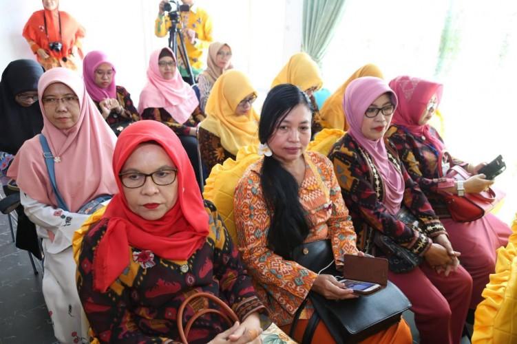 Lagu Bumi Lampung Bawa Herlina Juara I Lomba Lagu Gebyar Unila Ke-53