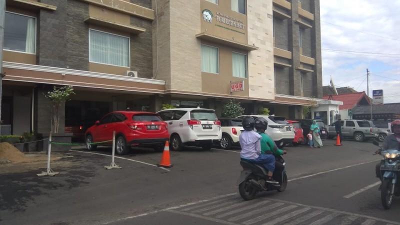 Lahan Parkir Kurang Memadai, Dishub akan Kaji Andalalin RS Betik Hati